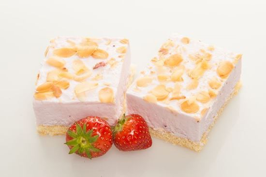 Picture of Delight Strawberry-Cheese gateau